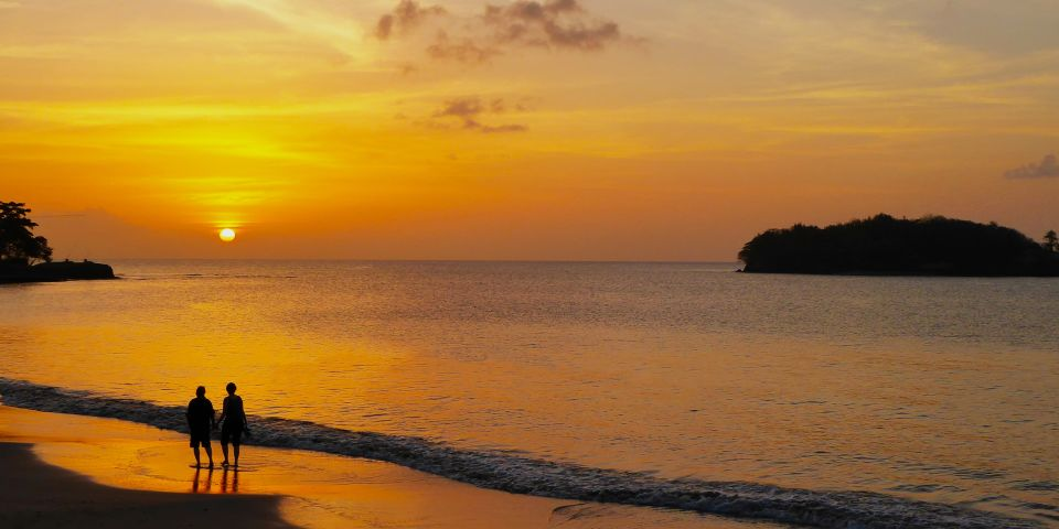 sunset views on the beach at Windjammer Landing villa beach resort